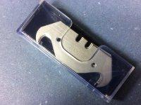 Hakenklinge 0.50 mm stark 10 Stück im Spender